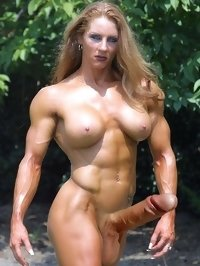 muscled futanari whore wants to fuck now!